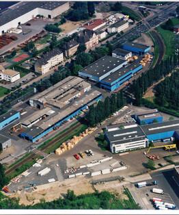 Montage und fertigungsstandorte palfinger for Innendekoration vankann gmbh krefeld